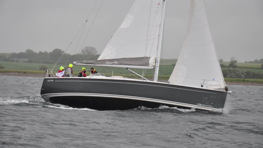 hanse 400 in flensburg pco privat charter ostsee yachtcharter. Black Bedroom Furniture Sets. Home Design Ideas
