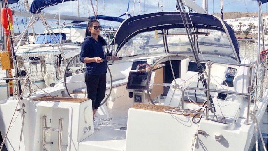 """Hanse 385 in Laboe """"Surabaya"""" - das Relingsnetz gehört nicht zur Ausstattung der Yacht!"""