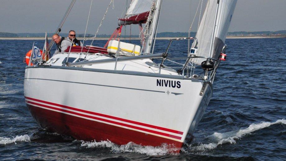 Sun Fast 37 NIVIUS